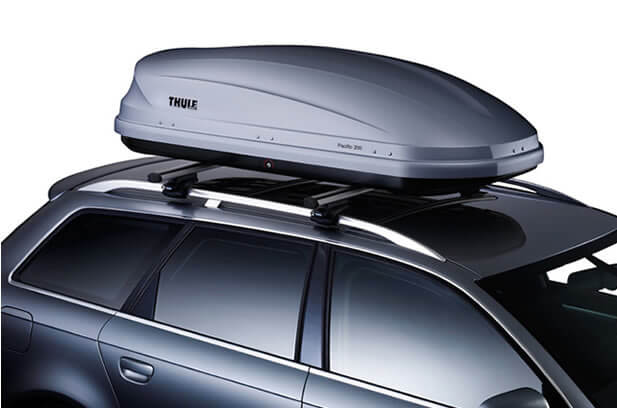 Alquiler cofres de techo para coches en barcelona for Maletero techo coche